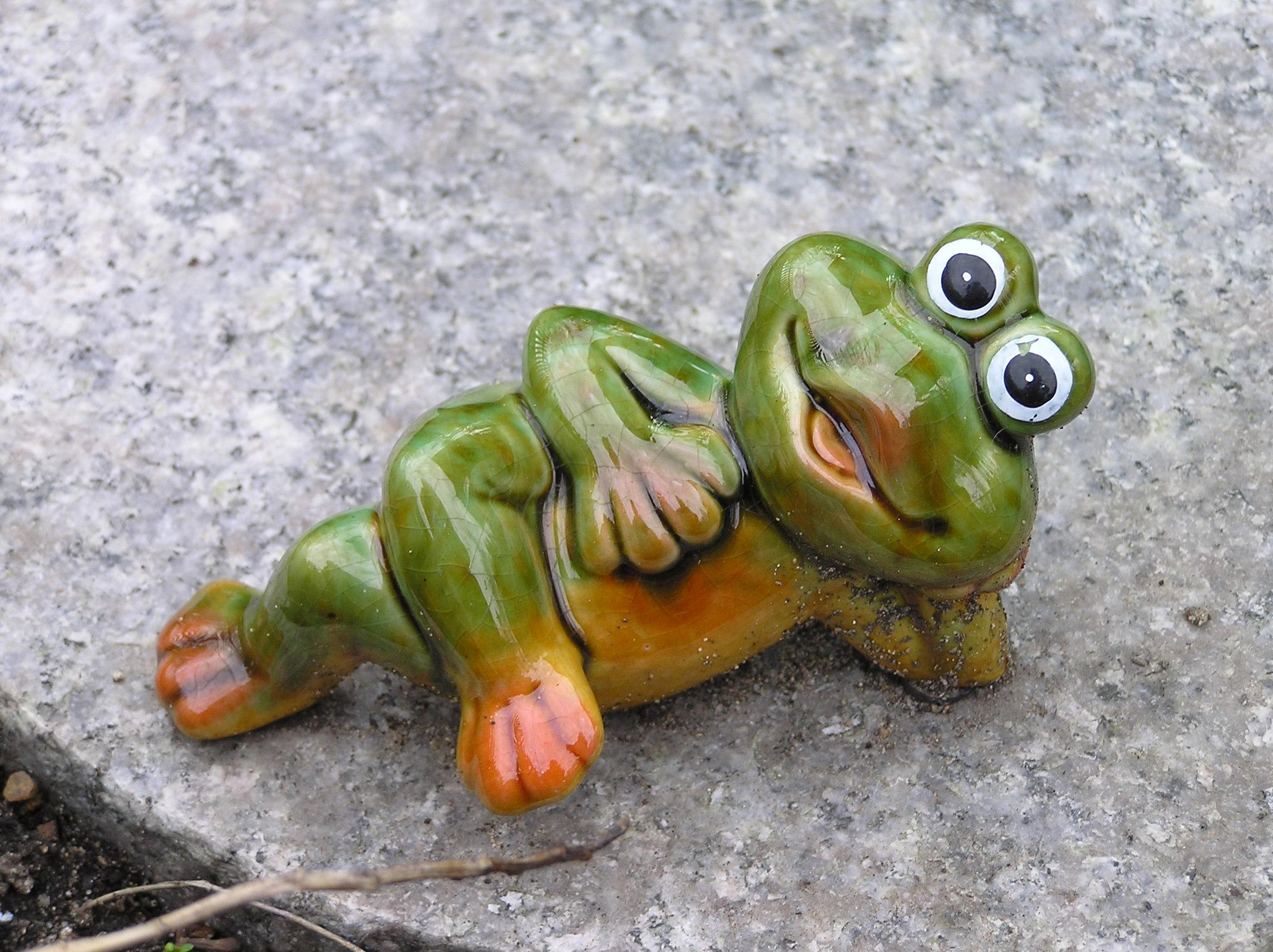 Ehrfürchtig Gartendeko Frosch Ideen
